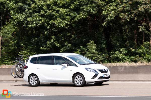 Ventajas de uso del nuevo Opel de Luis Batalla